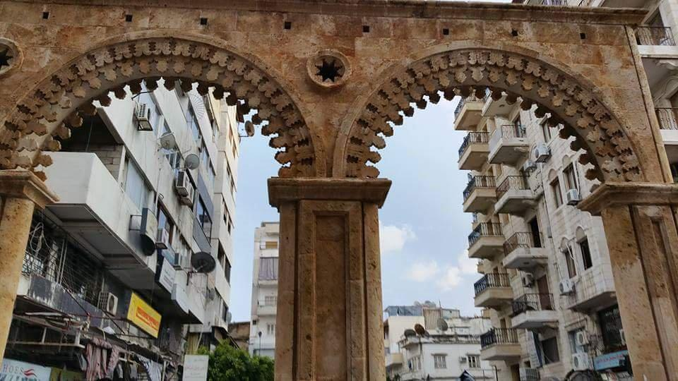 Moderne und Tradition in Latakia